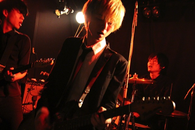 The pinballs live at shinjuku motion dec 20 2013 02