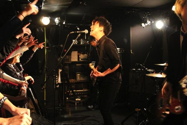 The pinballs live at shinjuku motion dec 20 2013 03