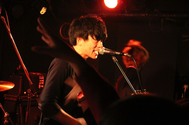 The pinballs live at shinjuku motion dec 20 2013 05