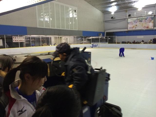Report meijijingu gaien ice skating 07