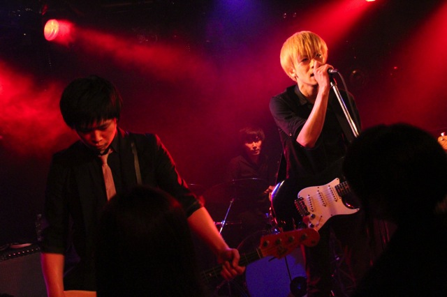 The pinballs live photo 20140321 38