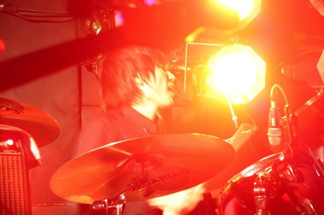The pinballs live at shimokitazawa daisy bar april 19th 2014 03