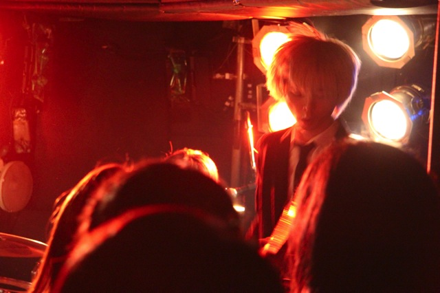 The pinballs live at shimokitazawa daisy bar april 19th 2014 12