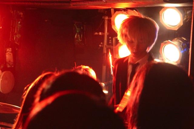 The pinballs live at shimokitazawa daisy bar april 19th 2014 12