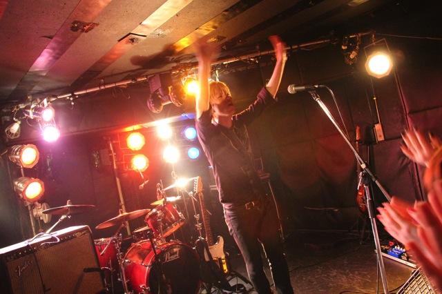 The pinballs live at shimokitazawa daisy bar april 19th 2014 19