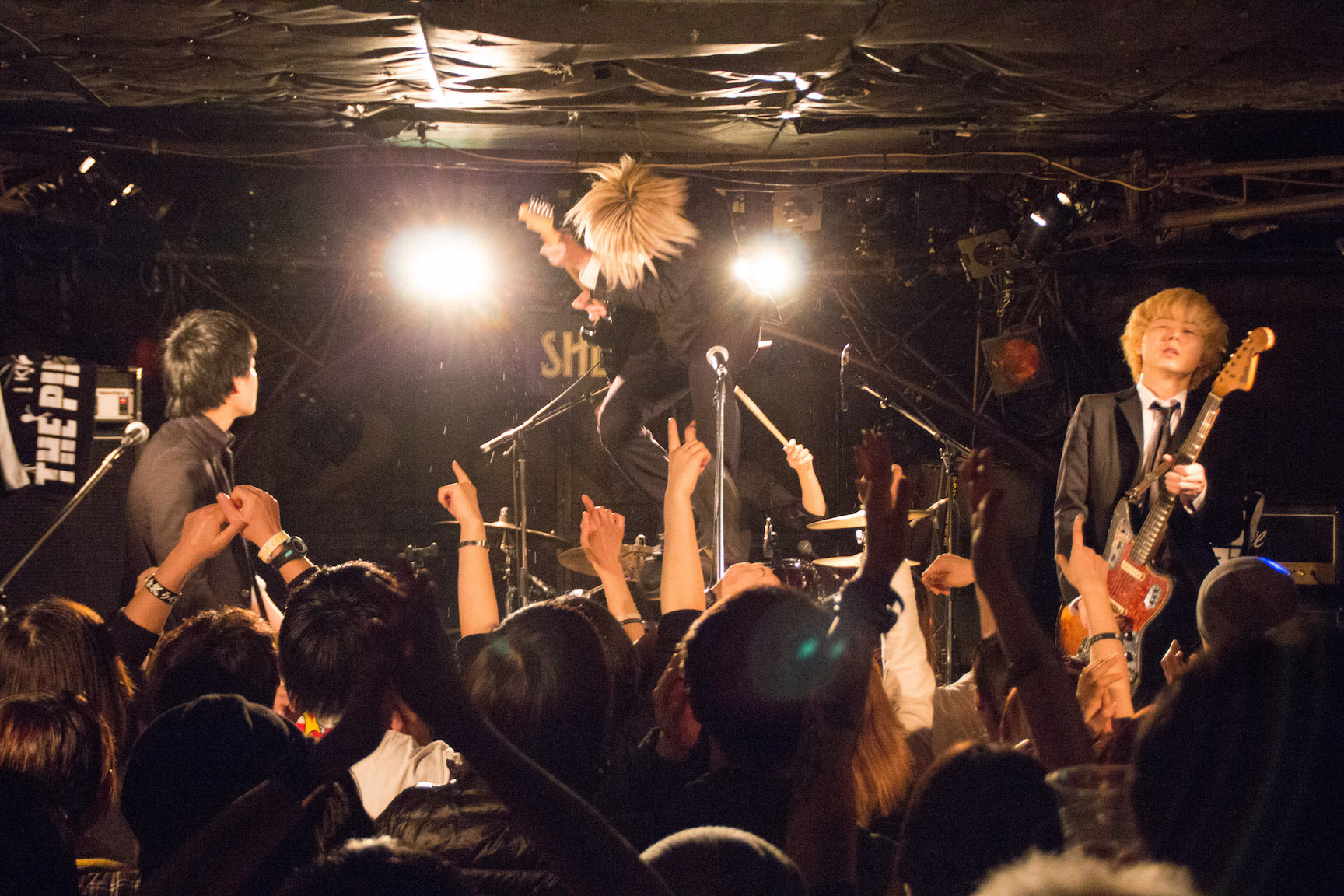 The pinballs live at shimokitazawa shelter dec 31st 2014 12
