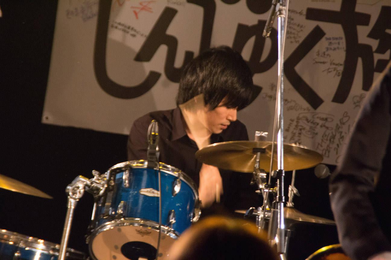 The pinballs live at shinjuku loft feb 24th 2015 02