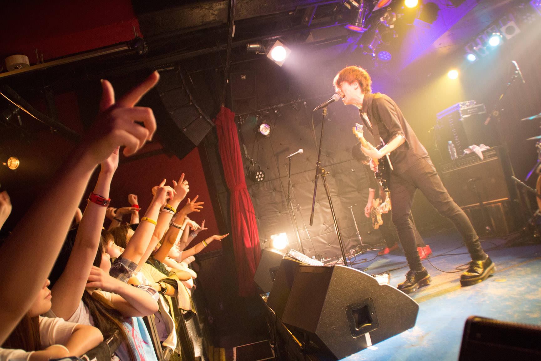 The pinballs live at shibuya star lounge may 2nd 2015 10