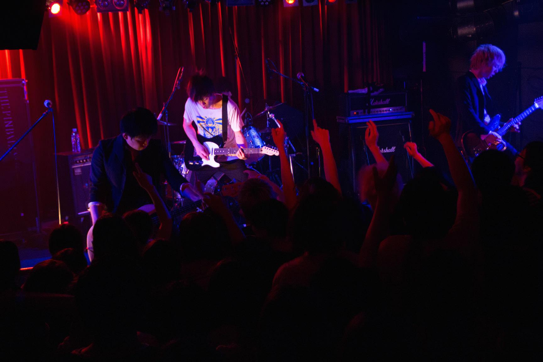 The pinballs live at shibuya star lounge may 2nd 2015 21