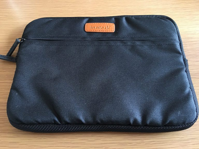 inateck-basic-tablet-sleeve-for-ipad-case-1.jpg