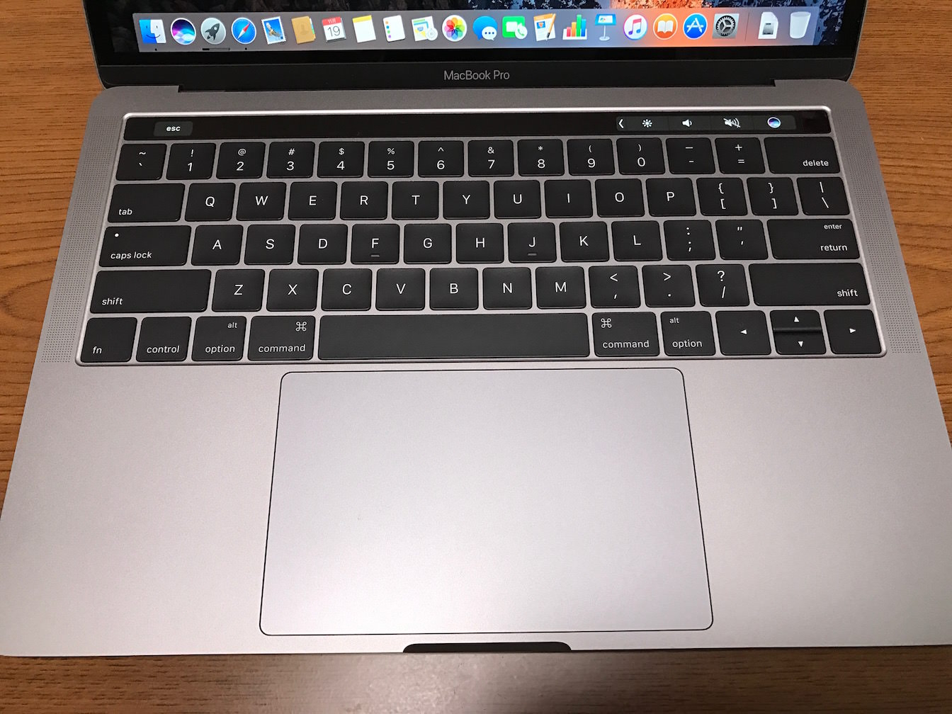 Macbook pro late 2016 13inch first impression 18